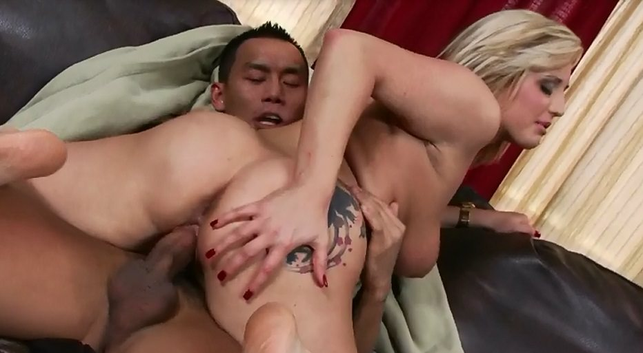 Dayna Vandetta does anal interracial